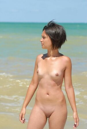 young nudist tits