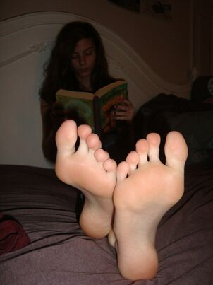 sexy young girl feet